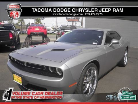 Certified Pre-Owned 2015 Dodge Challenger SXT or R/T