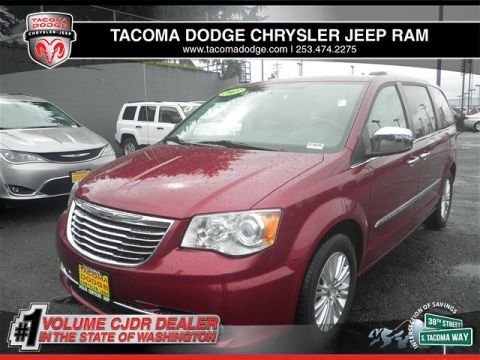 Certified Pre-Owned 2013 Chrysler Town & Country Limited